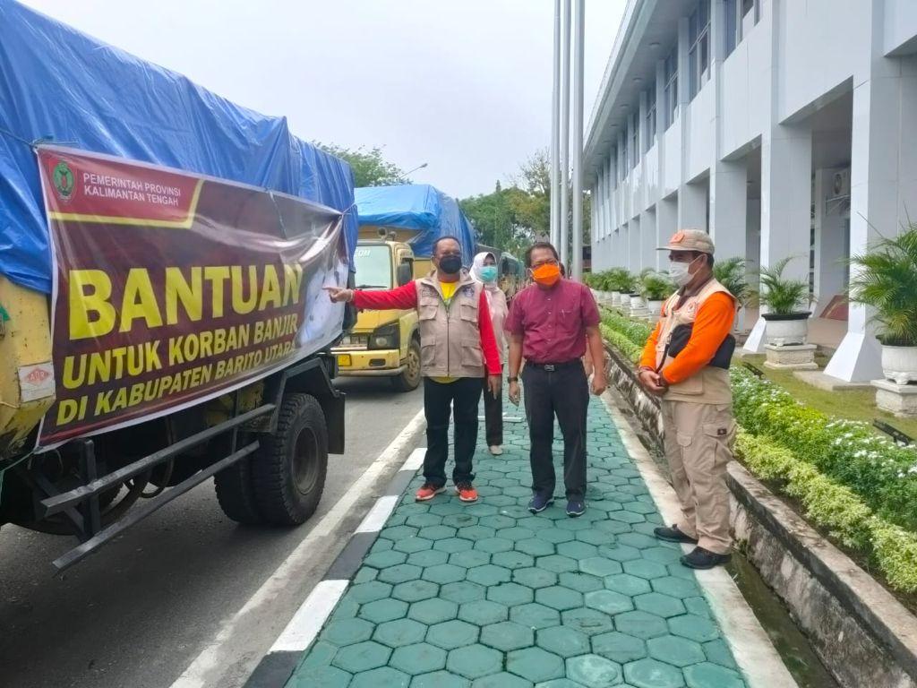 Pj. Sekda Kalteng Cek Logistik Bantuan Banjir DAS Barito
