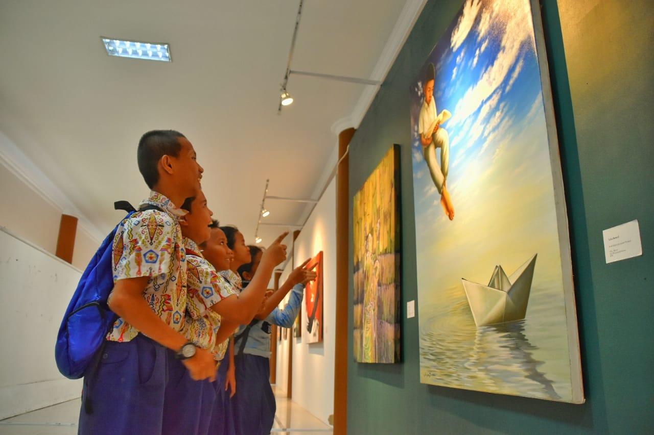 Galeri Nasional Indonesia Menggelar Pameran Seni Rupa Arstropika