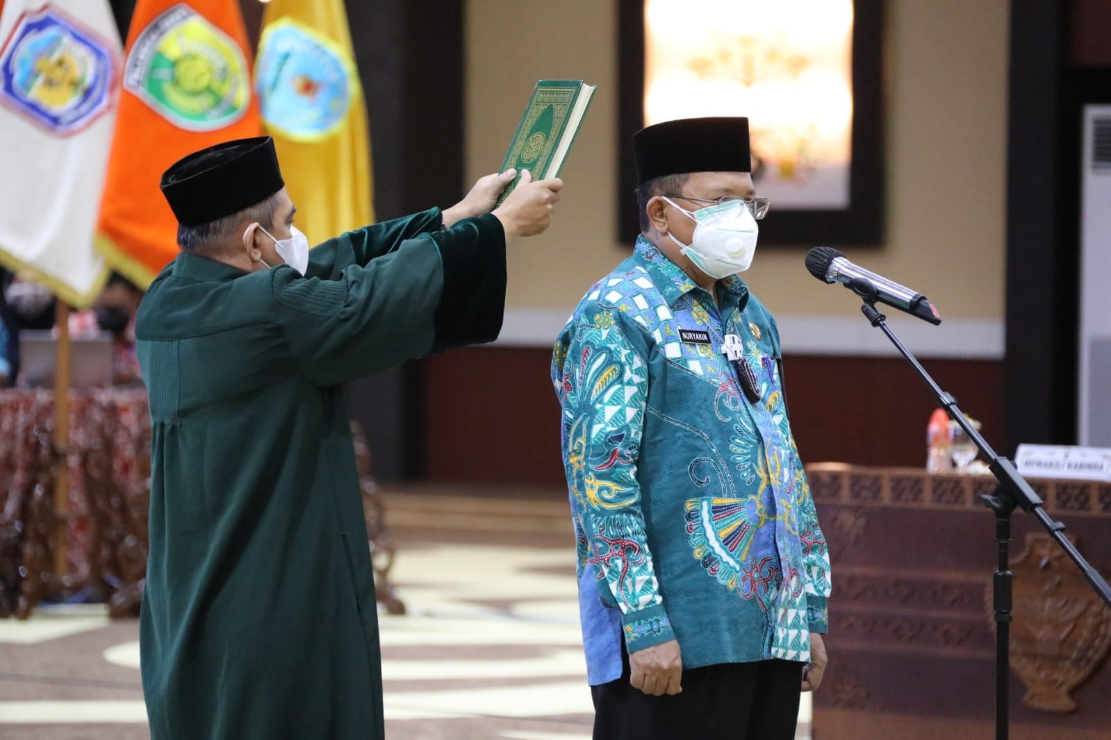 Gubernur Lantik Pj. Sekda H. Nuryakin